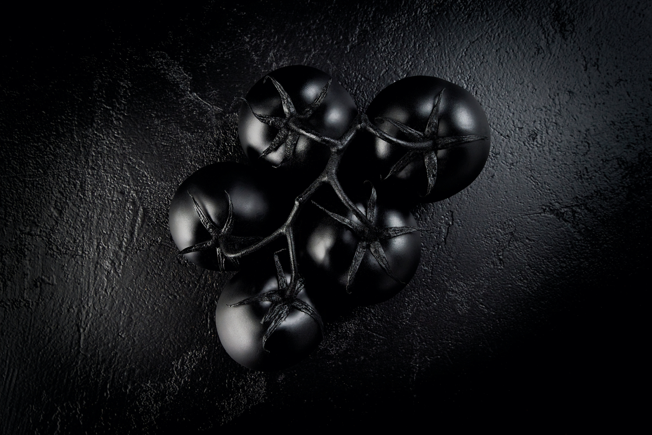 AaronVan_Food_FineArt_Black_Tomatoes