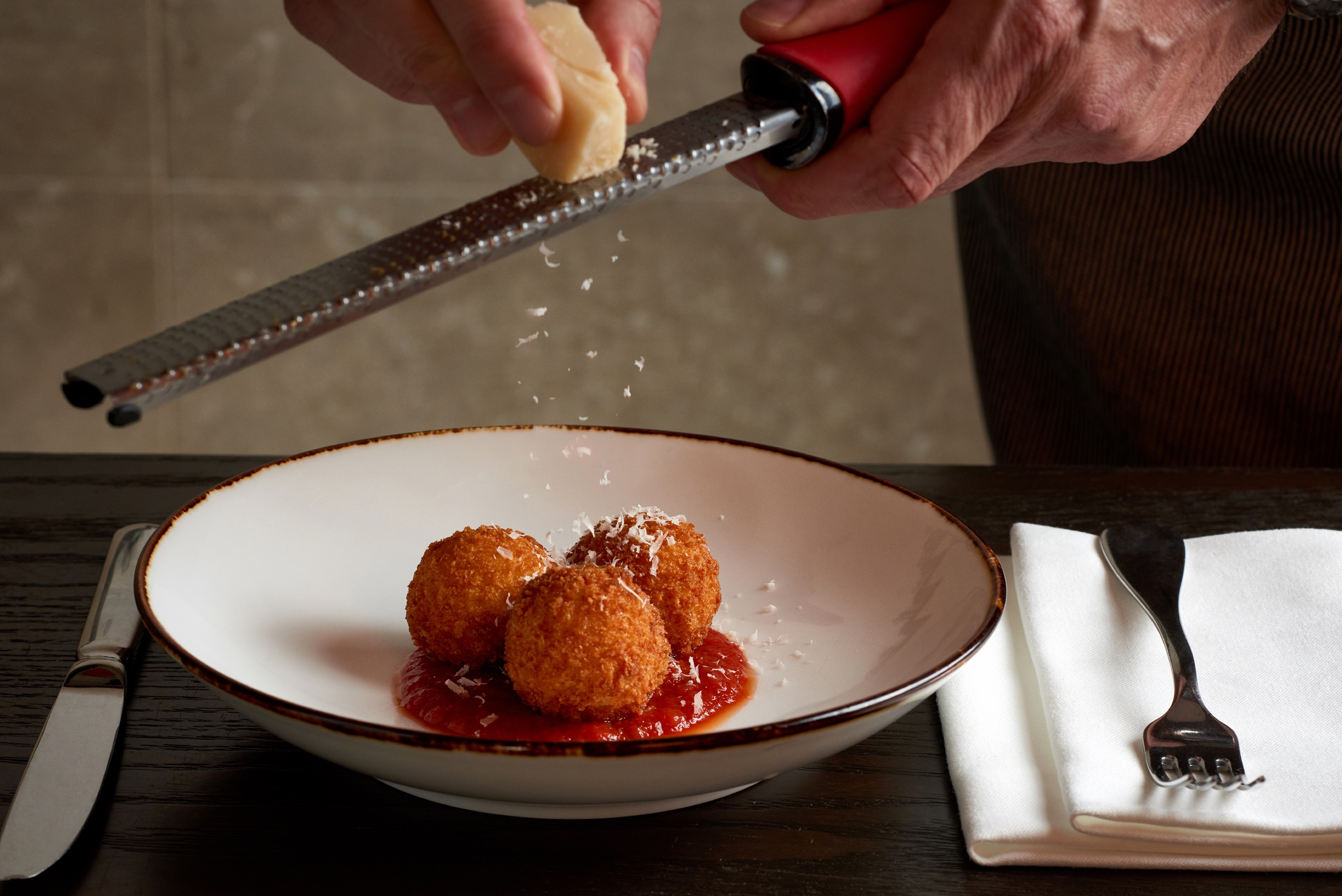 AaronVan_Food_Arancini_Appetizer_Four_Seasons