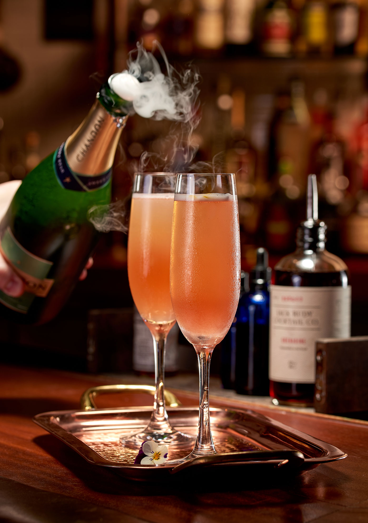 aaronvan_beverage_photography_edison_mistress_champagne_cocktail