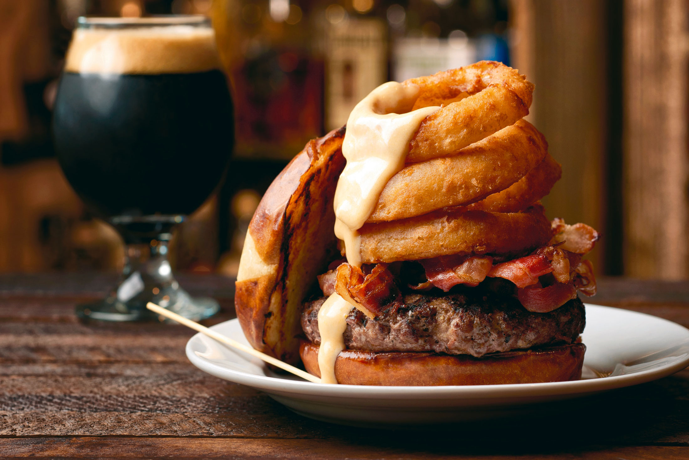 aaronvan_food_photography_bison_burger