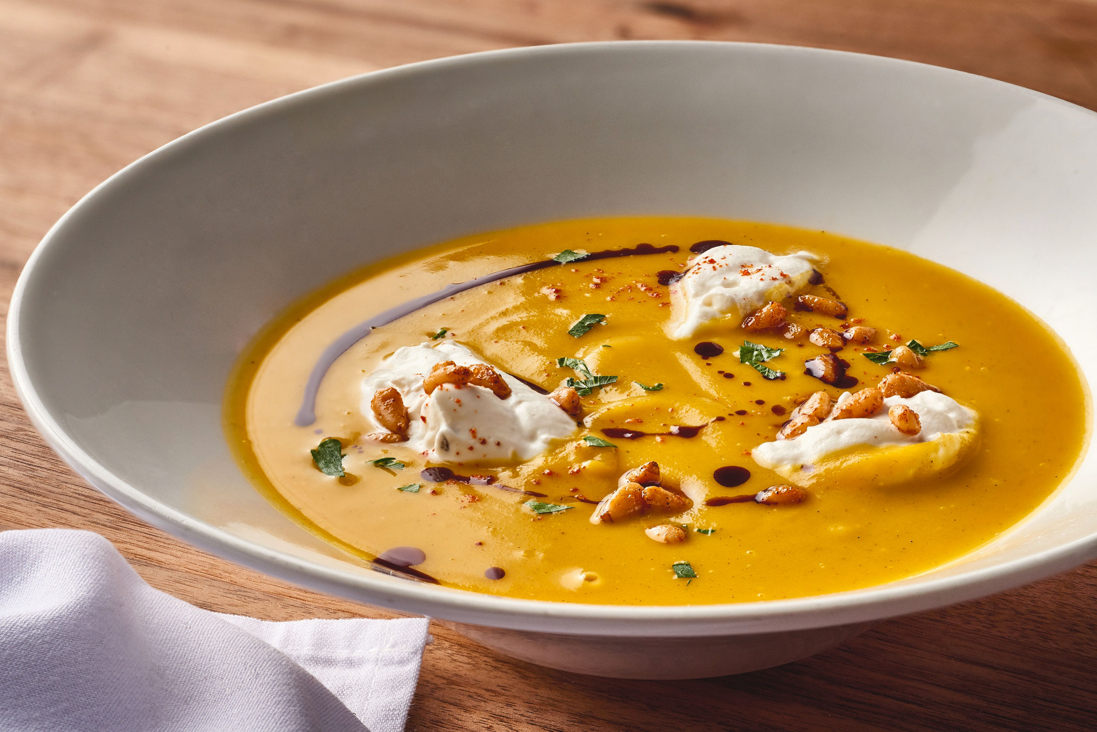 aaronvan_food_photography_enzos_hideaway_butternut_soup