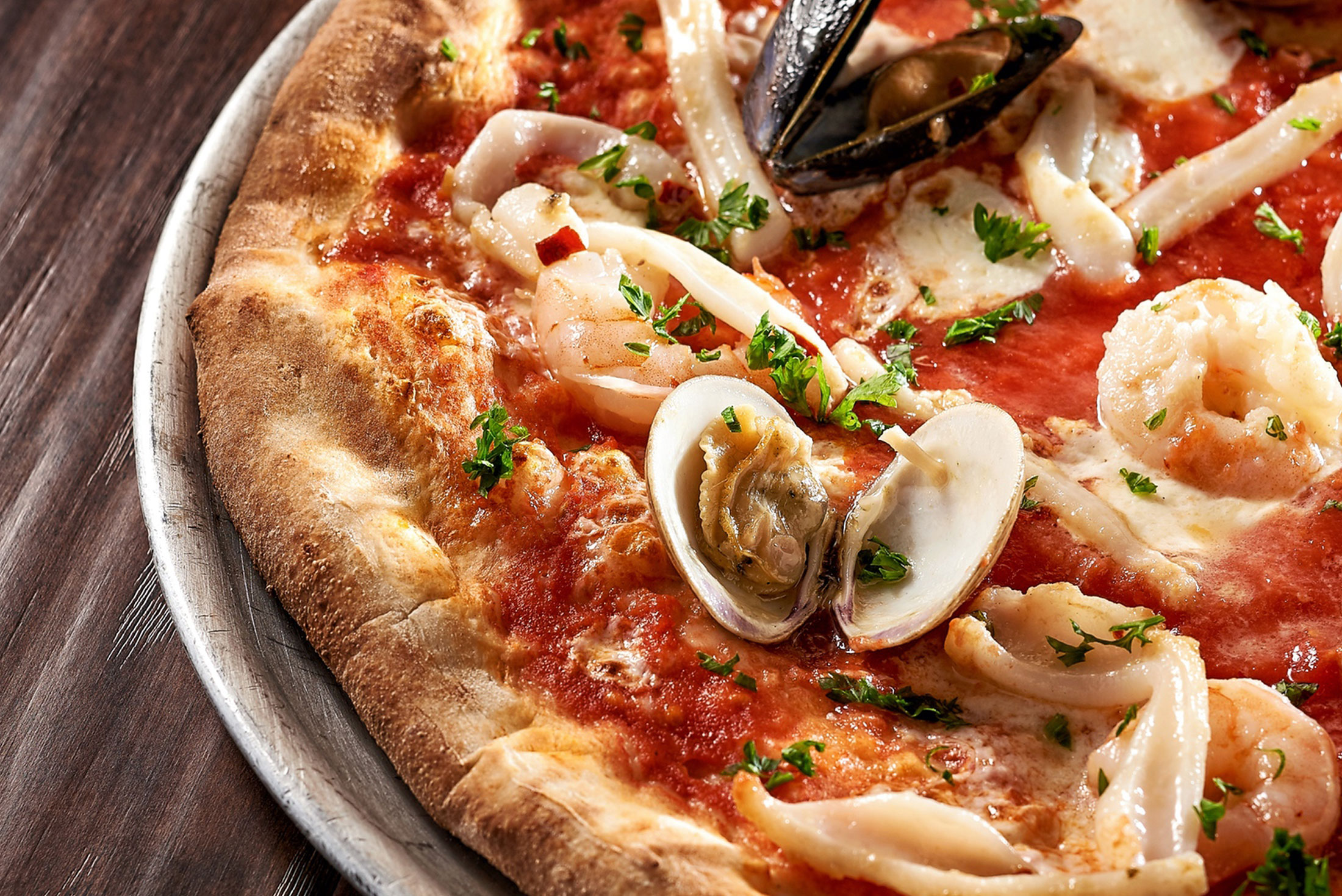 aaronvan_food_photography_via_napoli_seafood_pizza