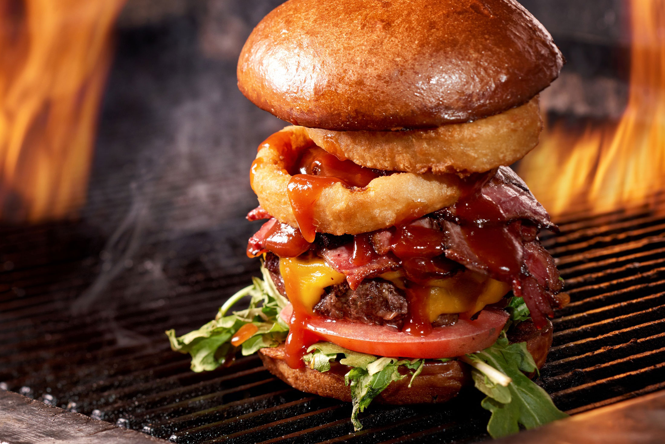 aaronvan_food_photography_whiskey_burger