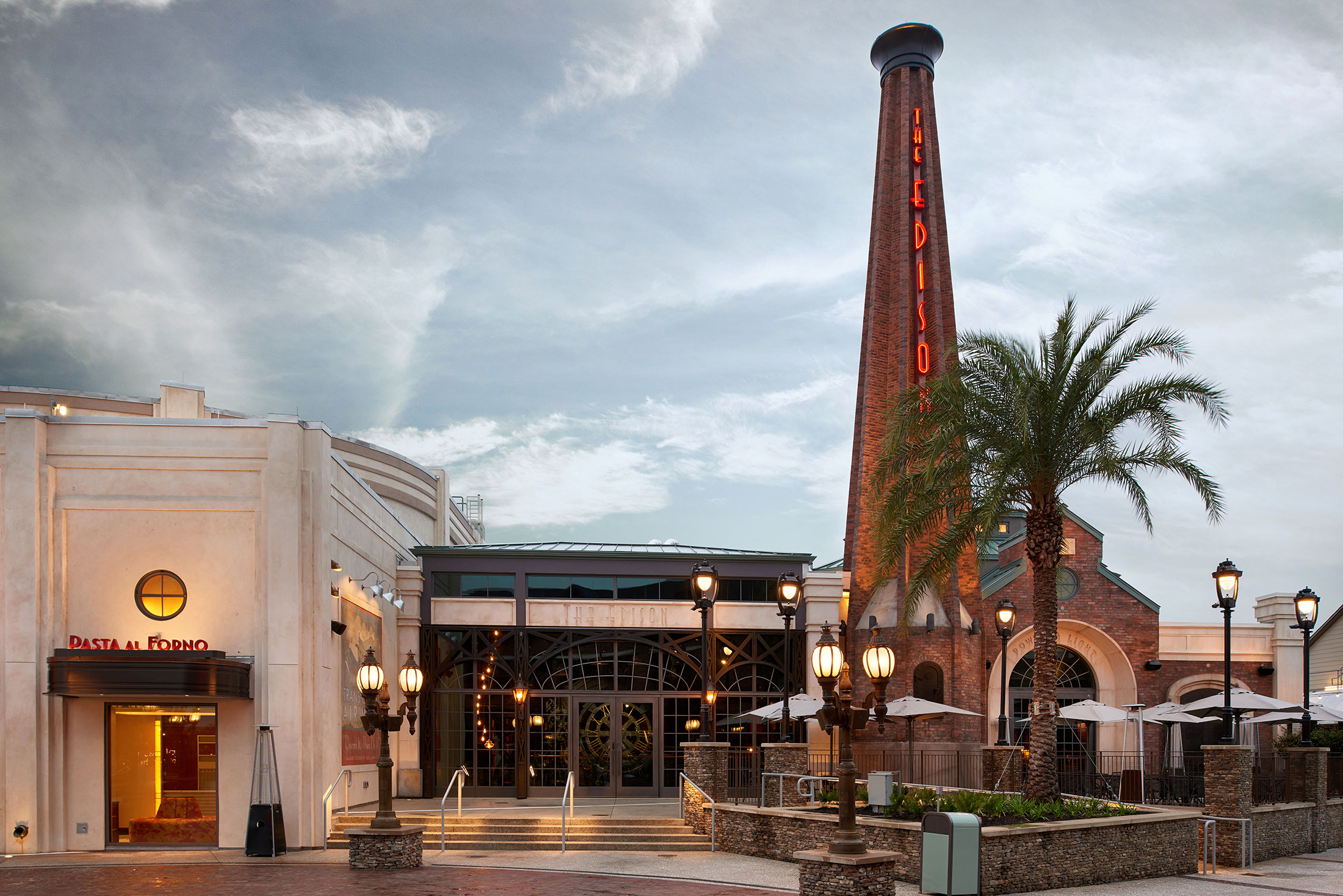 architecture_photography_disney_springs_orlando_edison_exterior2
