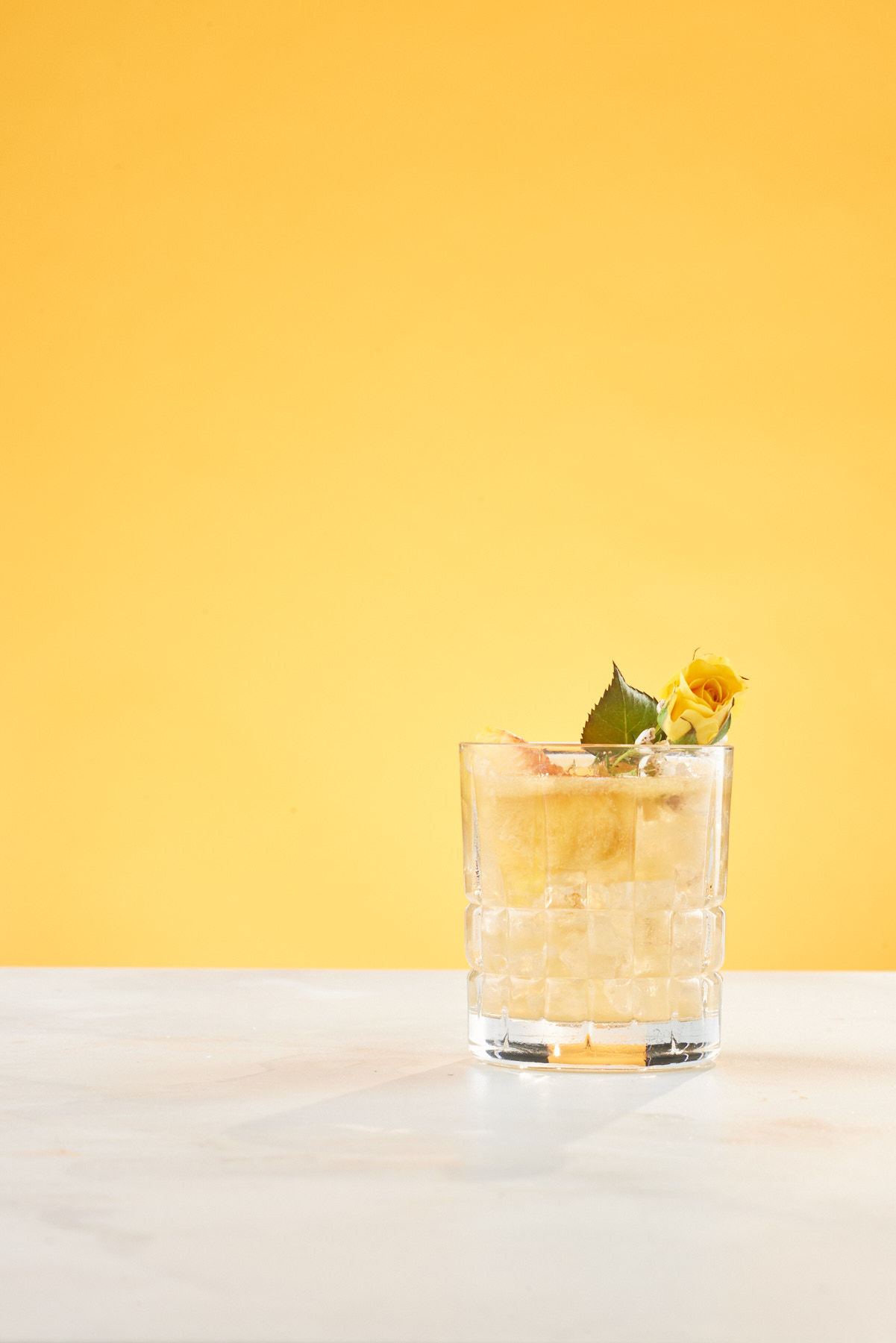bartender_magazine_spring_feature_peach_smash_cocktail_commercial_beverage_photography