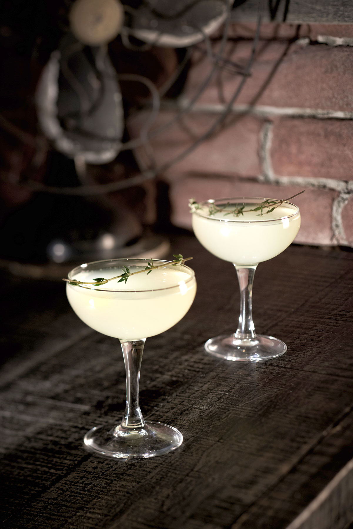 beverage_drink_photography_disney_springs_orlando_enzos_hideaway_limoncello_gimlet