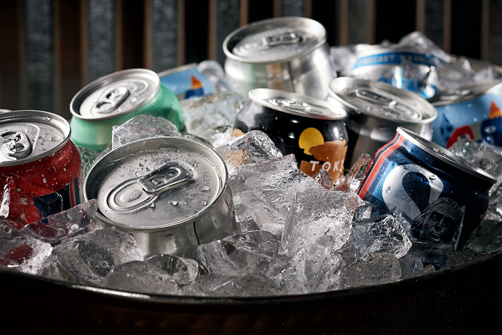 beverage_photography_orlando_disney_springs_morimoto_asia_beer_cans_in_ice
