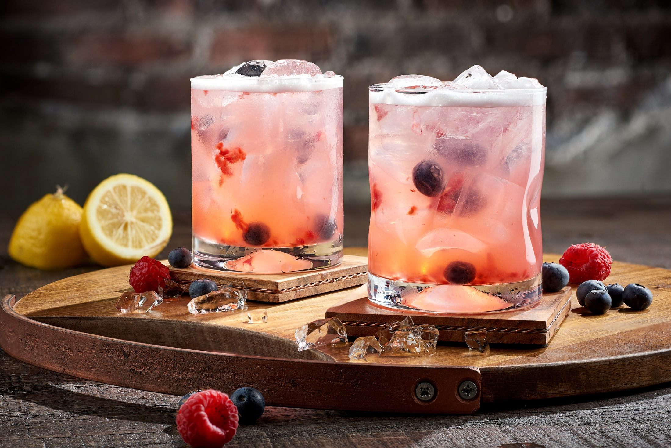 cocktail_berry_smash_the_edison_disney_springs_commercial_beverage_photography
