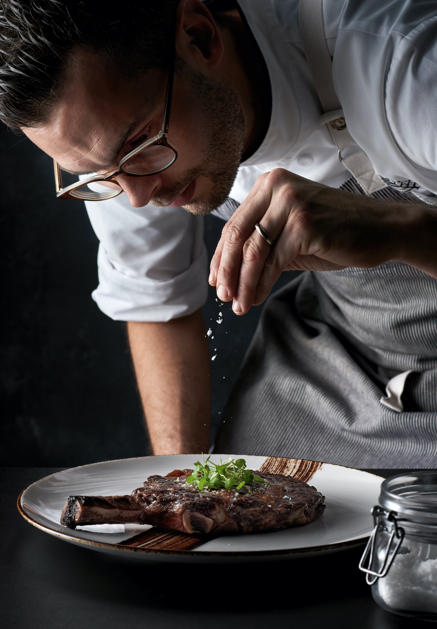 Portrait_four_seasons_capa_steakhouse_chef_seasoning_commercial_food_photographer