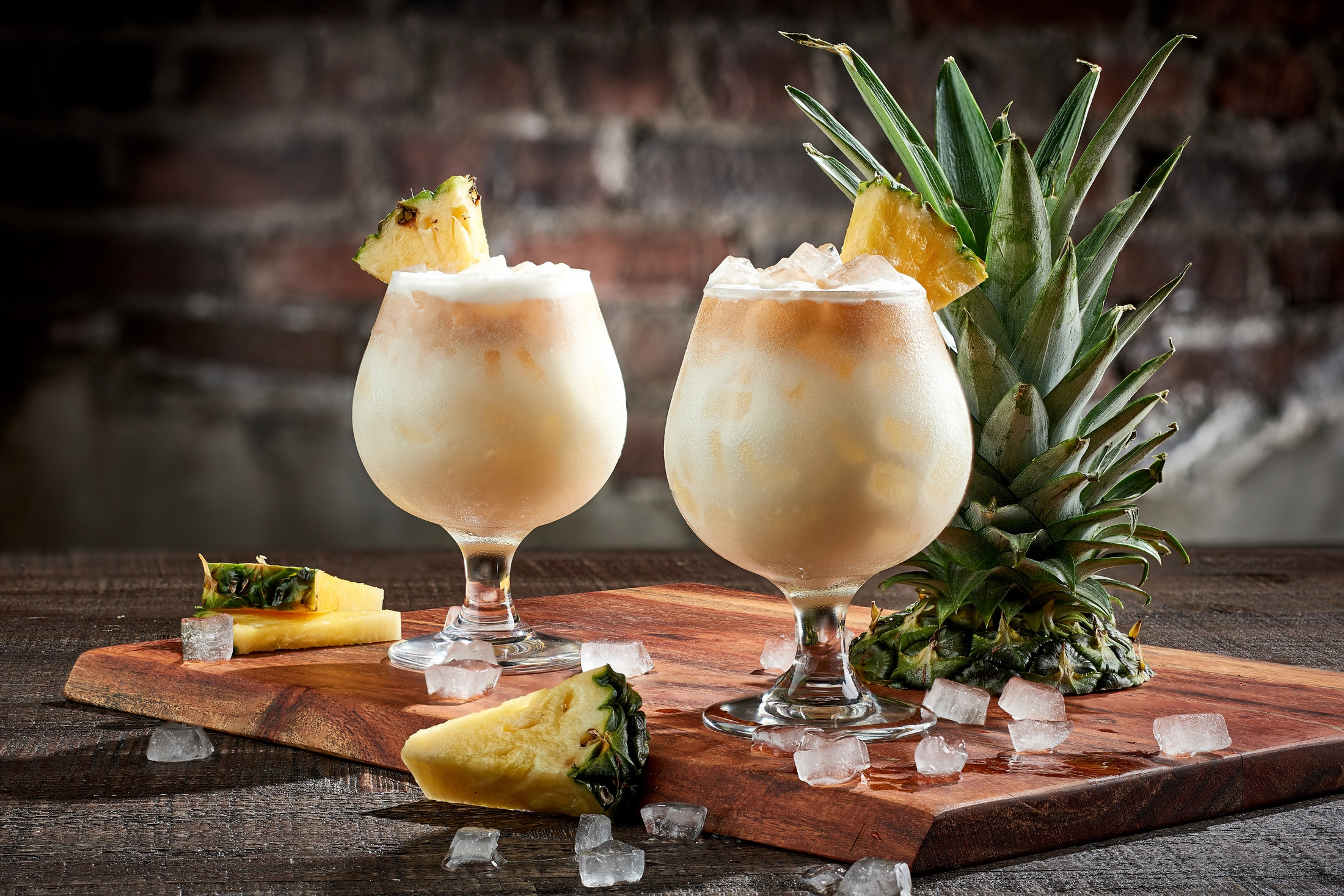 pineapple_coconut_cocktail_the_edison_disney_springs_commercial_beverage_photography